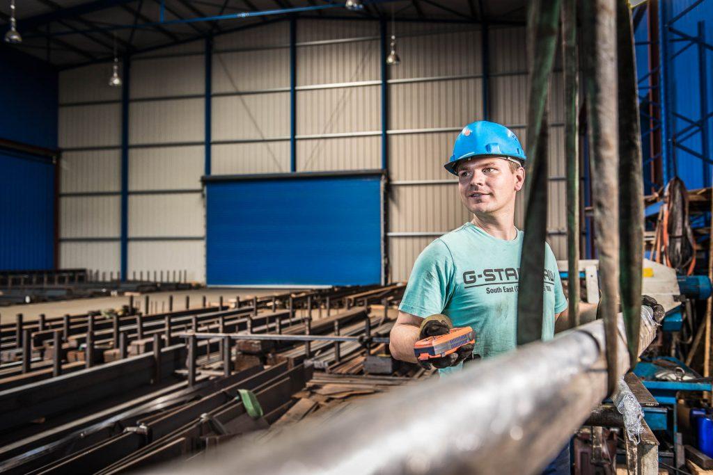 Mitarbeiter der Firma Naumburger Stahl- und Metallhandel GmbH